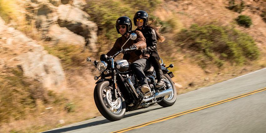 10 consejos para conducir tu moto de manera segura