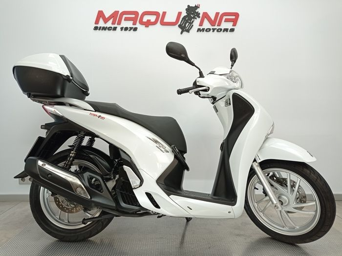 SCOOPY SH125I ABS TOP BOX
