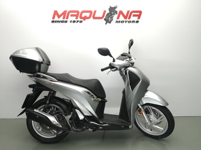 SCOOPY SH125I ABS