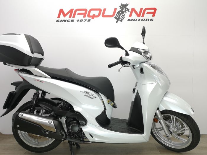 SCOOPY SH300I ABS TOPBOX