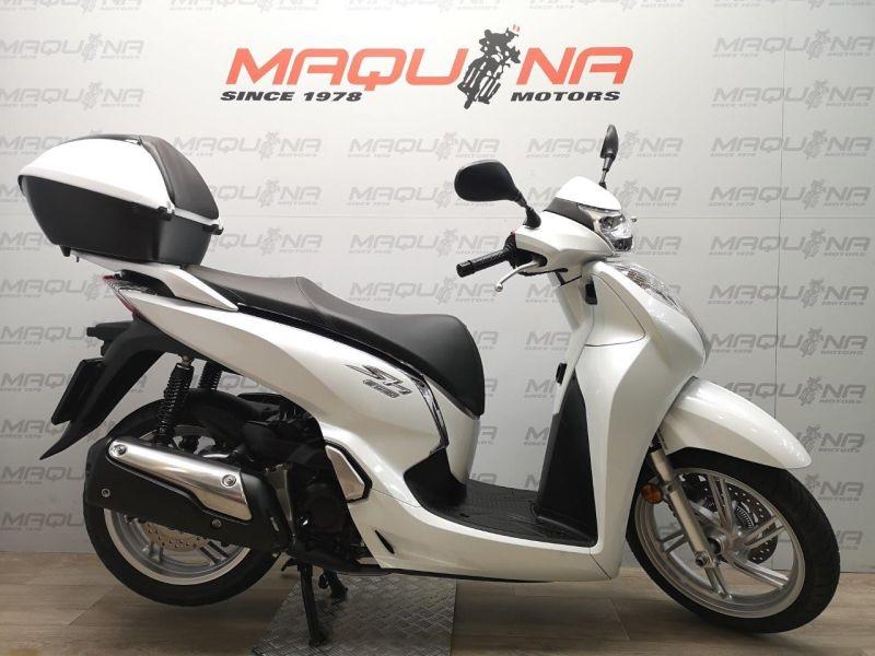 HONDA SCOOPY SH300I ABS TOPBOX-Segunda Mano