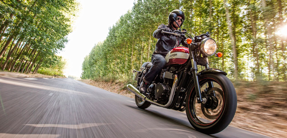Moto Triumph Bonneville Newchurch