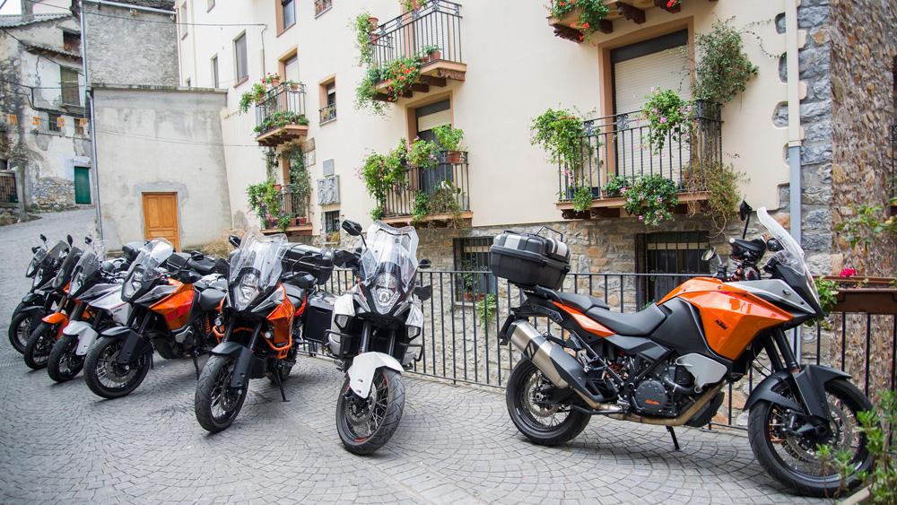 IV-Reunión-KTM-Adventure---Maquina-Motors