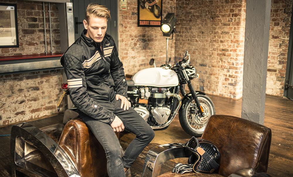 1200€ para gastar en ropa y accesorios oficiales de Triumph Motorcycles